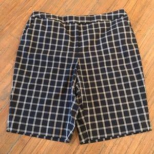 Jones New York Signature size 16 shorts